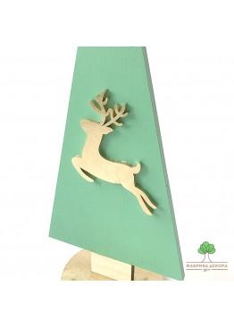 Елка из дерева с оленем. Размер 30см  (арт. SNGd3)