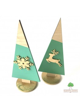 2 Елки из дерева с оленем и снежинкой. Размер 30см  (арт. SNGd3)