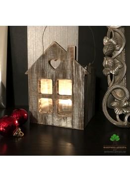 Подсвечник домик с сердцем из дерева (арт. SNGd10)