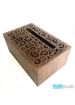 Свадебная коробка для пожеланий с ажурной крышкой и покраской морилкой. Размер: 28х18х12/18см