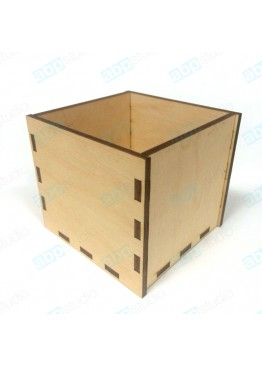 Самосборная деревянная коробка. Размер 8х8х8 см.