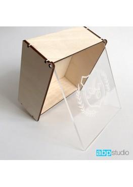Шкатулка для колец с прозрачной крышкой и гравировкой 12х12х5см  (арт. shk12x12gr)