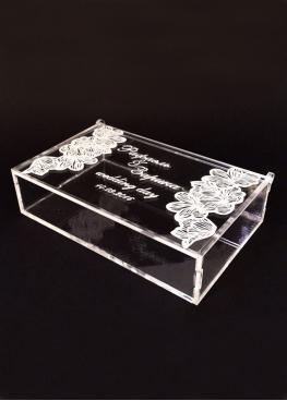 Шкатулка  прозрачная с гравировкой. Размер 15х10х4 см (арт. shk6)